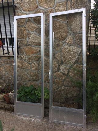 Puertas abatiblesde 2 hojas en Aluminio