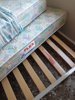 base de cama somier y colchón Flex 25 €