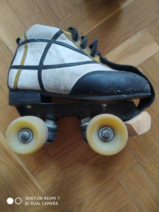 Patines de Hockey sobre ruedas. Talla 35