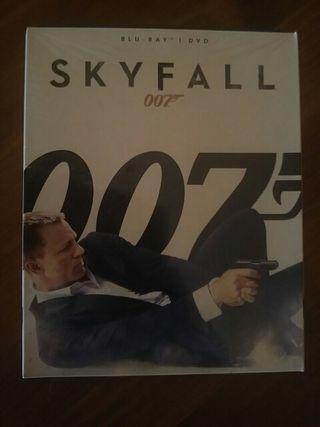 Skyfall blu-ray & dvd James Bond