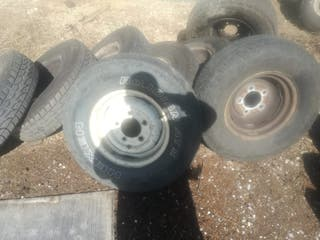 Llantas y neumáticos Defender