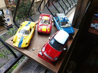 lote coches metal escala 1/24 mini Ferrari land