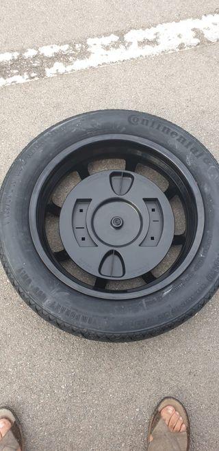 Recambio de rueda de coche GLC
