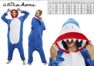 Pijamas difraz de tiburón para adultos y niño