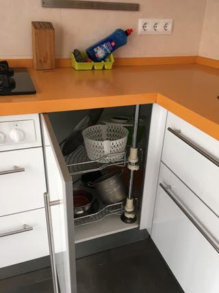 Muebles cocina sueltos. 60 eu cada. No encimera.