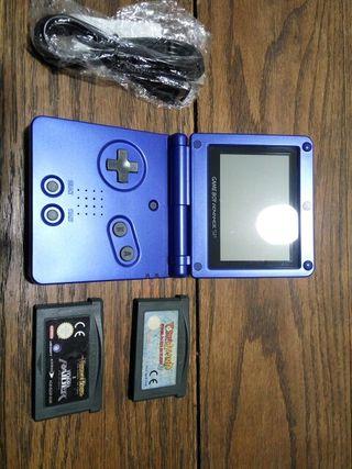 Game Boy Advance SP y juegos
