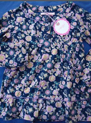 Blusa de micropana talla 6-7- años nueva