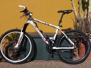 Vendo bicicleta BTT BH Expert de 26 talla L