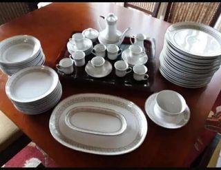 Vajilla y juego de café porcelana marca Bidasoa