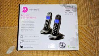 Teléfonos inalambricos Motorola. Pareja.