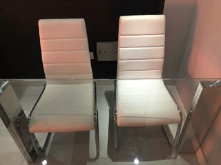 Conjunto mesa y 4 sillas comedor