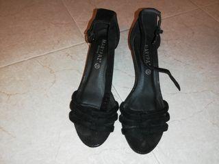 Sandalias negra MarYPaz
