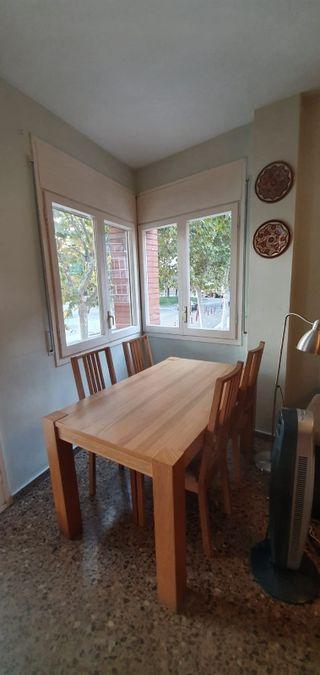 mesa y silla de comedor