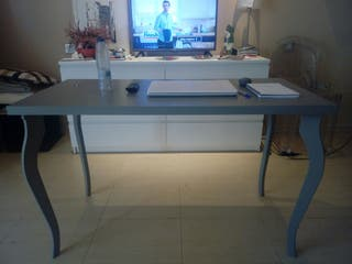 Mesa comedor IKEA gris