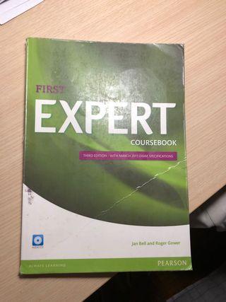 Libro de inglés First expert coursebook