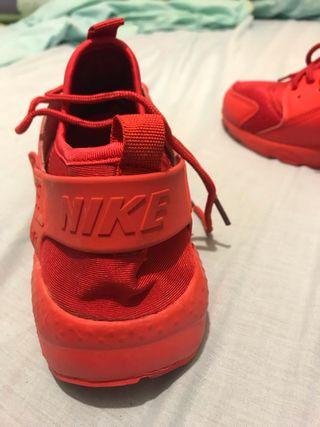 Nike huarache talla 42