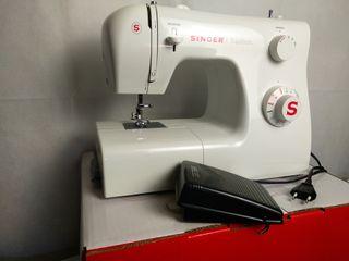 Maquina de coser Singer 2250 tradition
