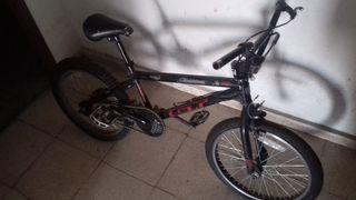 Bicicleta Monty GT BMX