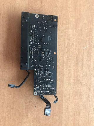 """Fuente alimentación iMac 21.5"""" defectuosa"""
