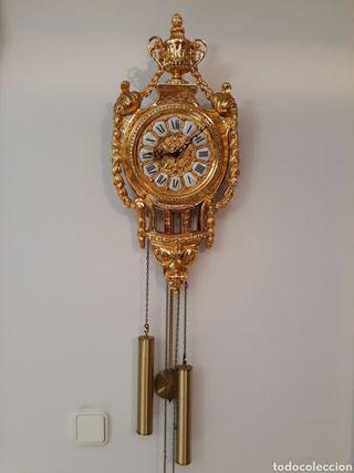 Espectacular reloj Soher de pared.