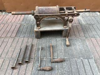 Embutidora Elma manual antigua
