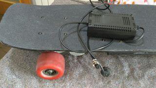 monopatin longboard eléctrico
