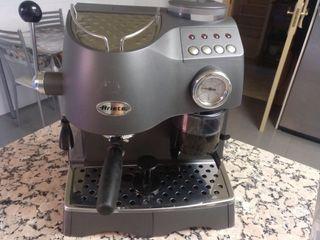 Cafetera de mando industrial