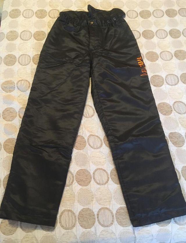 motosierra pantalón