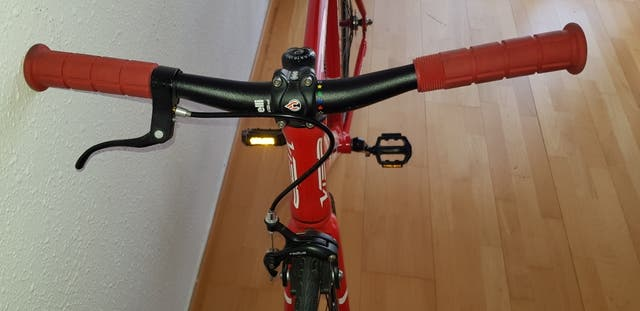 bicicleta fixie muy nueva talla M
