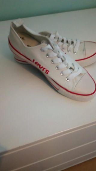 zapatillas Levi's N°38