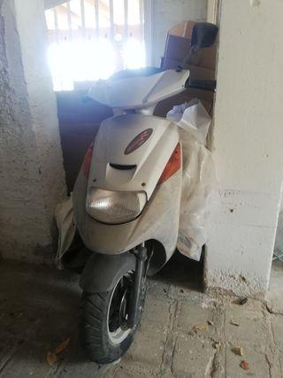 Ciclomotor 49cc 50cc Suzuki Adress