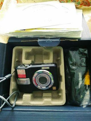 cámara de fotos SIN ESTRENAR