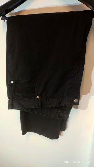 Pantalon de talla grande negro