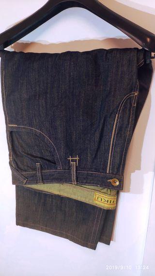 Pantalon vaquero de talla grande CHIKU
