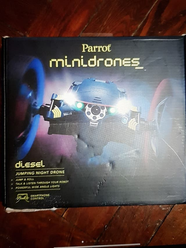 PARROT JUMPING NIGHT DRONE