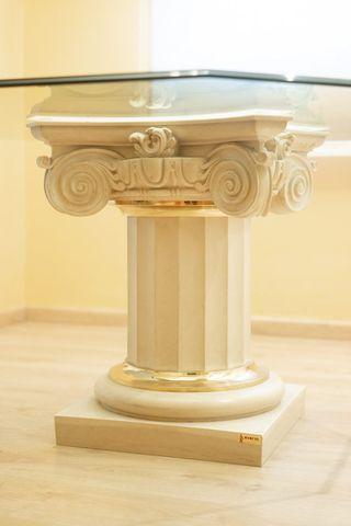Mesa comedor octogonal de cristal + columna griega