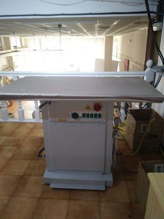 Centro de planchado industrial