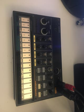 Caja de ritmos Korg Volca Beats