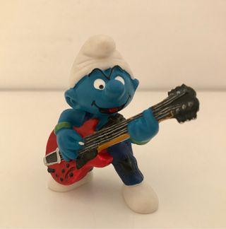 Pitufo guitarrista