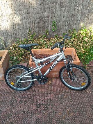 Bicicleta de montaña/MTB