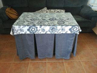 Ropa mesa camilla y cojines