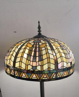 Lámpara de Pie Tiffany