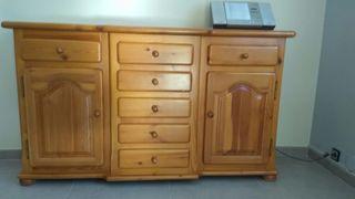 Mueble de pino