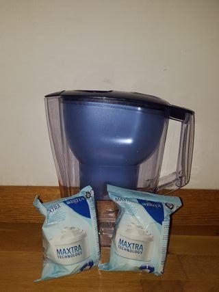 Jarra de agua filtrada BRITA