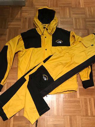 Chaqueta + Pantalón The North Face Mountain jacket