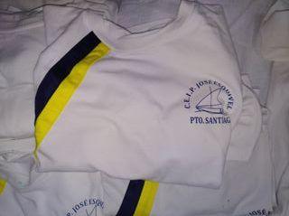 vendo camisas de uniforme de José esquivel
