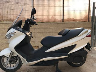 Moto Suzuki Burgman 200cc