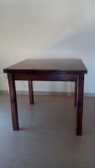 Mesa madera pino extensible.