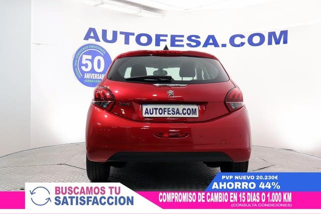 Peugeot 208 1.5 BlueHDI Signature 100cv 5p