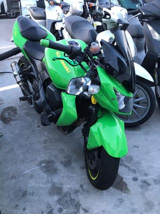 Kawasaki Z750 Piezas o Reparar
